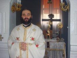 parintele_ciprian_staicu_preotul_ortodox_care_a_blocat_o_actiune_de_pro_medium